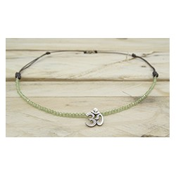 Om Olivino Pendant Necklace